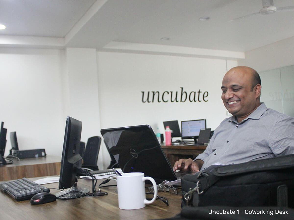 Working-desk-1-Uncubate-1-coworking-space-ahmedabad